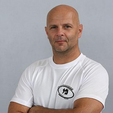 Dariusz Kołodziej - instruktor Krav Maga SKMP, III Darga (czarny pas)